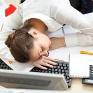 Kõrge stressitasemega seotud adrenaalne väsimus on tänapäeval omandanud epideemia mõõtmed. Meditsiiniliselt diagnoositakse küll neerupealiste (adrenaalset) puudulikkust ehk Addisoni tõbe, kuid mitte nn. neerupealiste väsimust (hüpotalamuse-ajuripatsi-neerupealiste telje düsfunktsiooni), mida võib teisisõnu nimetada ka läbipõlemiseks. Ja kuna seda meditsiiniliselt ei diagnoosita, kuna selle vastu ei ole ei ravimit ega operatsiooni, siis jääb konditsioon reeglina tähelepanuta. Neerupealised on […]